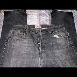 Levi's 501 straight leg button fly 38x32